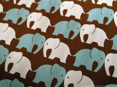 DigArts_elephants_closeup